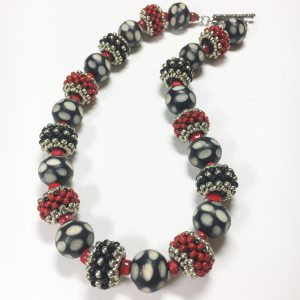 Beaded bead necklace white dot, black and red