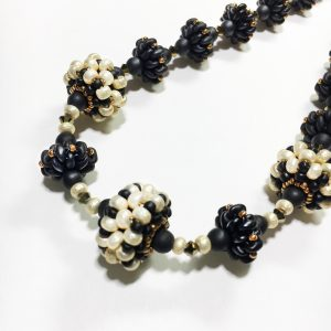 Pearly Black Beaded bead necklace detail