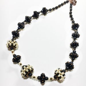 Pearly and Black Beaded bead Necklace