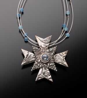fine-silver-maltese-cross-with aquamarine
